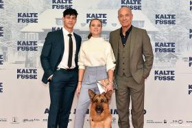 KALTE FÜSSE feiert große Premiere in München!
