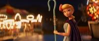 09_©2019_Walt-Disney-Pictures